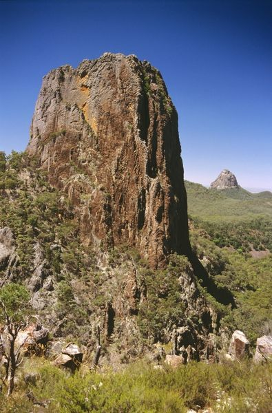 Crater Bluff (front) and Tonduron Spire, volcanic plugs. Warrumbungle National Park, New South Wales, Australia