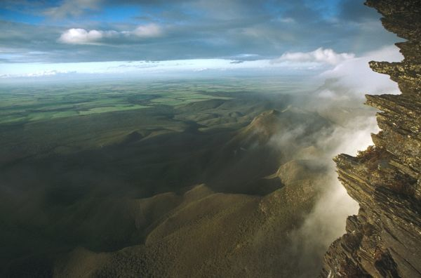 View northeast from Bluff Knoll, Stirling Range National Park, Western Australia