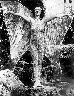 1926: actress a€™Fiammaa€™ posing in her costume for the water p