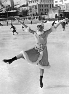 ca 1932: ice dancer on outdoor skating rink