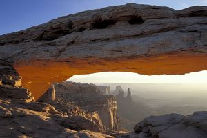 Mesa Arch at sunrise,