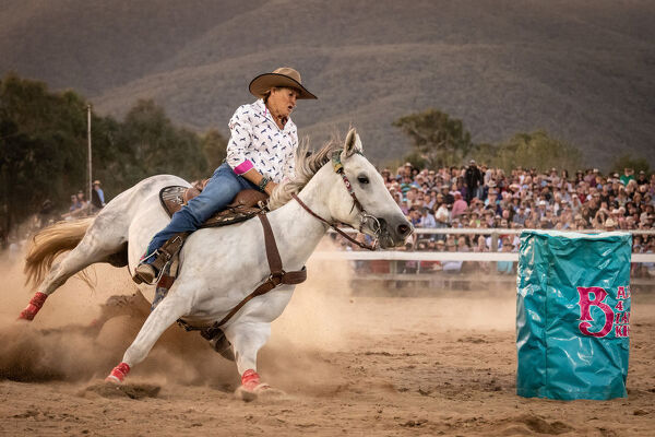 Barrel racing during the Man from Snowy River Festival