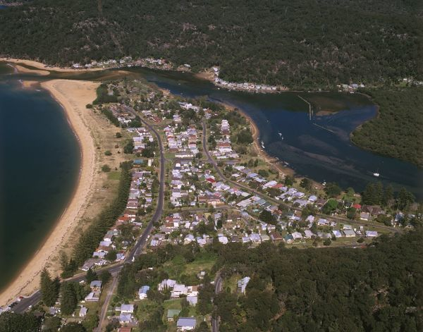 Patonga, residential and holiday house community