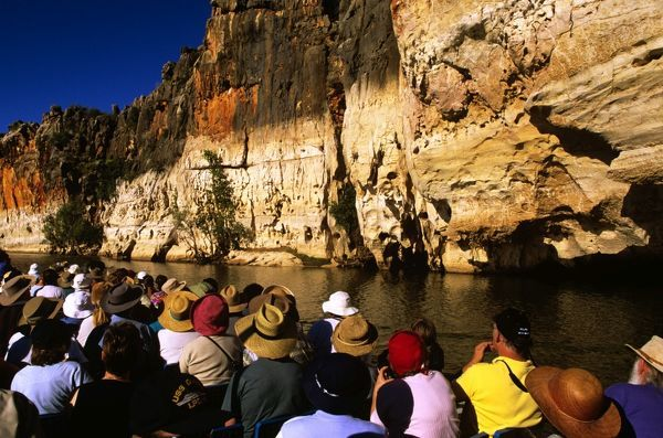 Tourist cruise on Fitzroy River