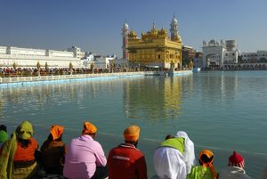 photographer galleries/tim acker/quiet contemplation the holy lake sarovar looking