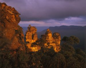 The Three Sisters from Echo Point Lookout