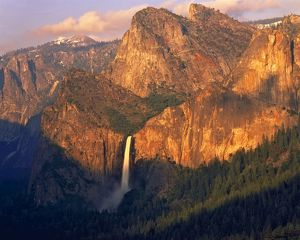 Yosemite Valley from Inspiration Point,